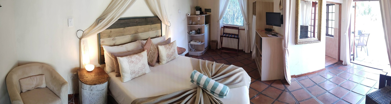 Leopard Cottage, Accommodation, Queen Room