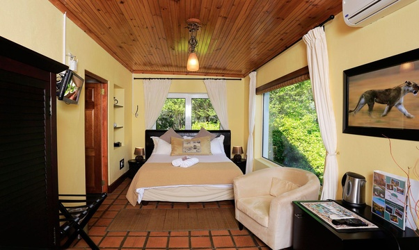 Lion Cottage, Accommodation, Romantic, Queen Room